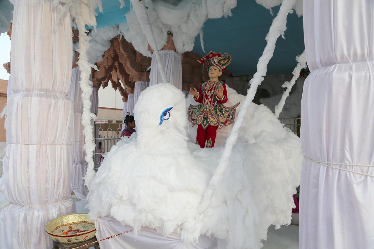 Hindola Utsav - 2016