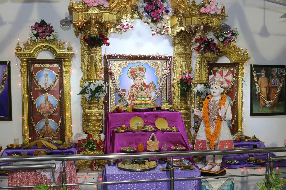 Girls Gurukul - Swaminarayan DhamGirls Gurukul