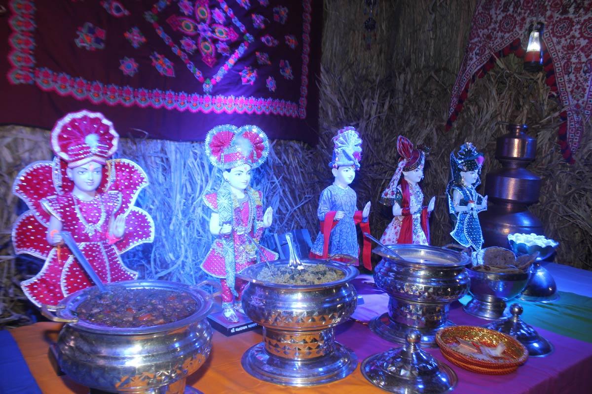 HDH Bapji Shakotsav Sabha At Vijapur