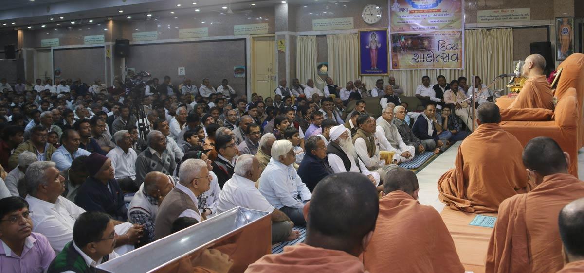 HH Swamishree Shakotsav Sabha At Swaminarayan Dham,Gandhinagar.