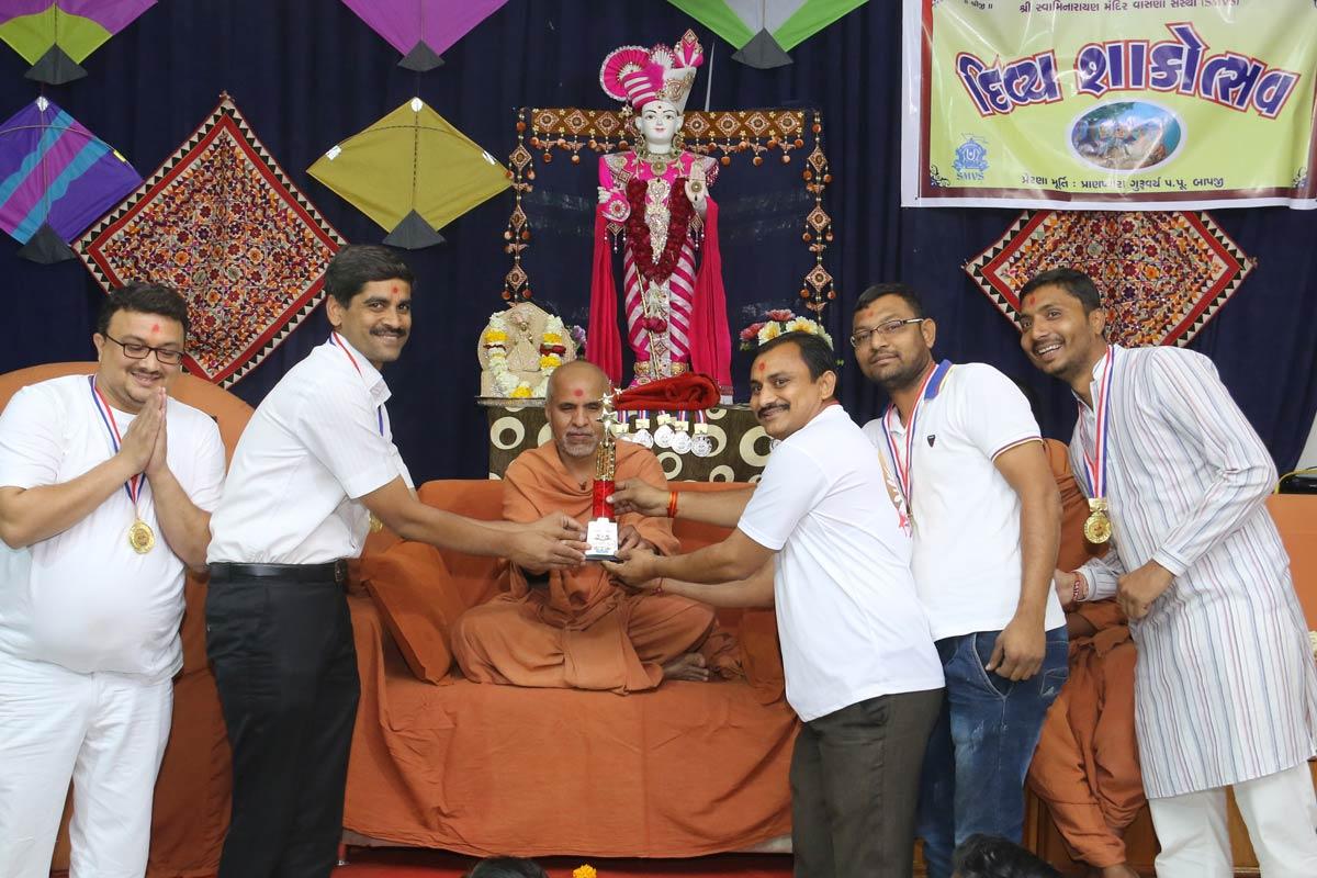 HH Swamishree Shakotsav & Zoliseva Sabha At Ghatlodiya,Ahmedabad.