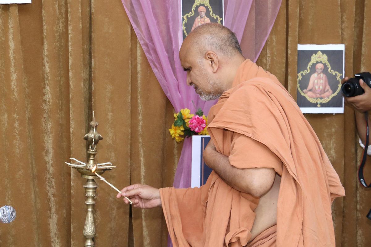 HH Swamishree Rajipa Shibir At Swaminarayan Dham-Gandhinagar.