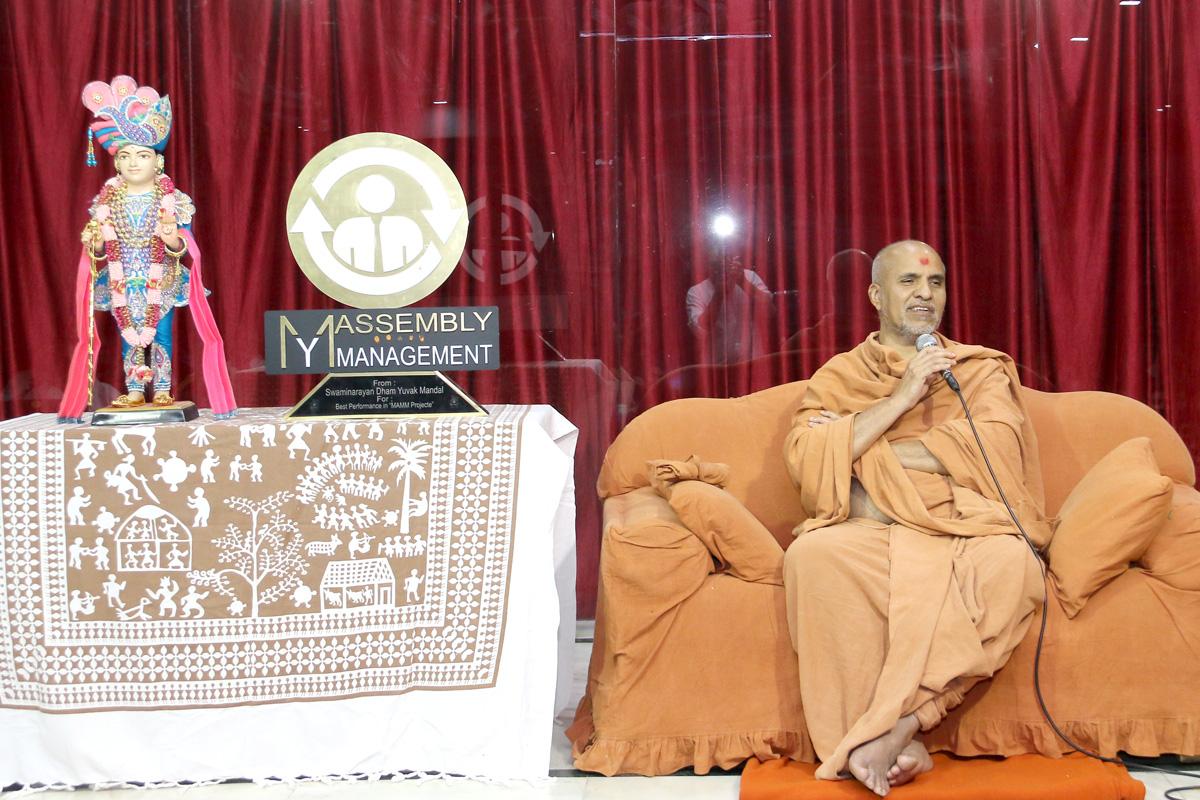 HH Swamishree Samaiyo At Swaminarayan Dham-Gandhinagar.
