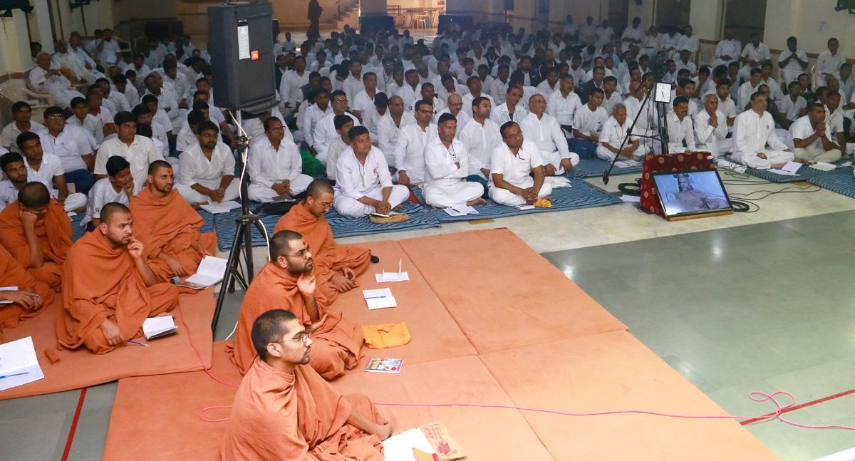 HH Swamishree Pre-AYP Camp At Swaminarayan Dham-Gandhinagar.
