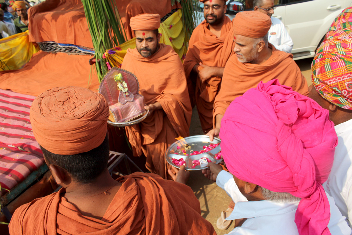HH Swamishree Vicharan At Godhar.