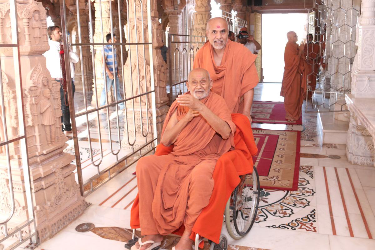 HDH Bapji & HH Swamishree Mandir Visit At Mahesana