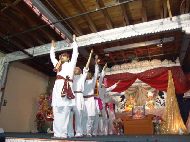 Shri Hari Pragatyotsav by SWO (USA)