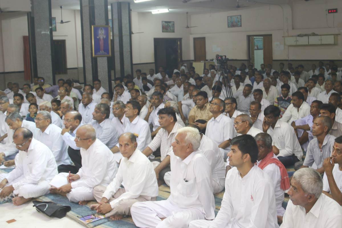 HH Swamishree Vicharan -  Godhar
