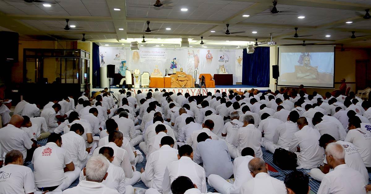 HH Swamishree Vicharan - Swaminarayan Dham,Gandhinagar