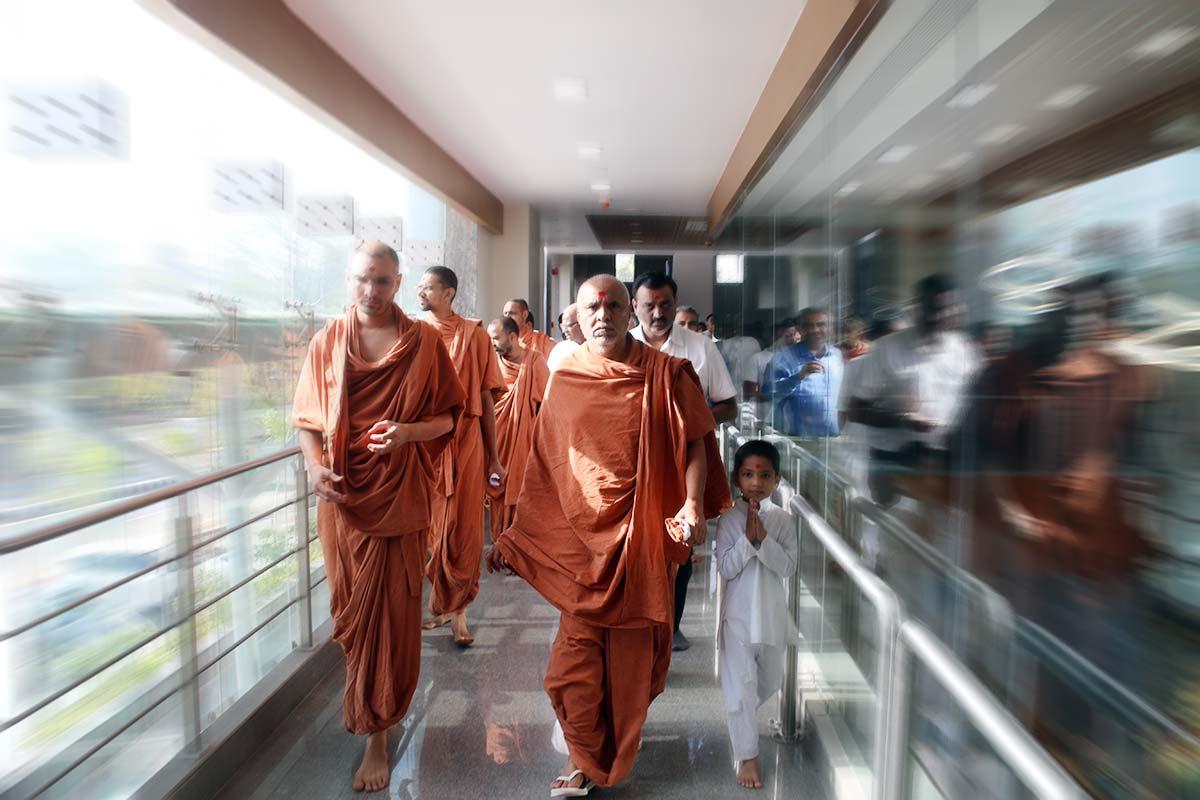SMVS Swaminarayan Hospital Mahapooja