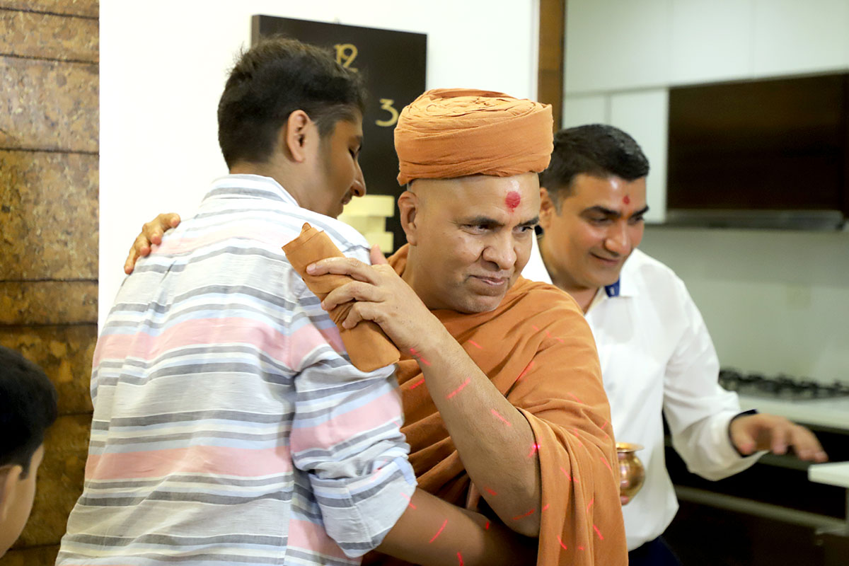 HDH Swamishri Padhramni