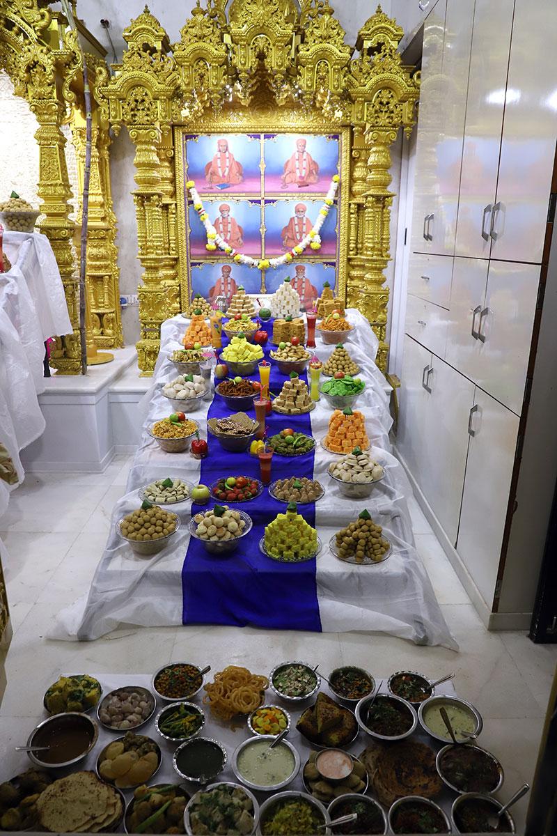 Ghanshyamnagar - Annakut Darshan