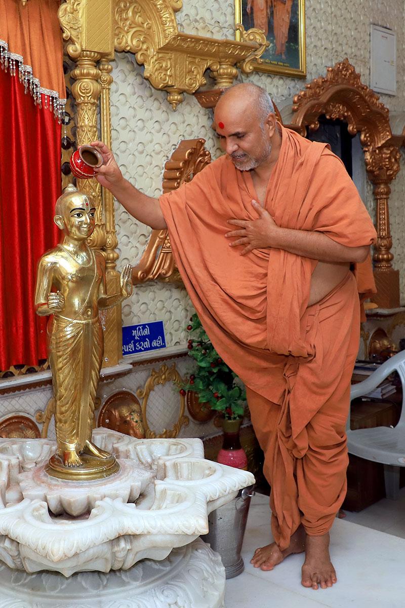 Satsang Vicharan in Godhar