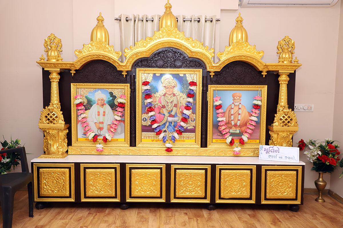 Poonam Samaiyo - SMVS Swaminarayan Mandir Vasna