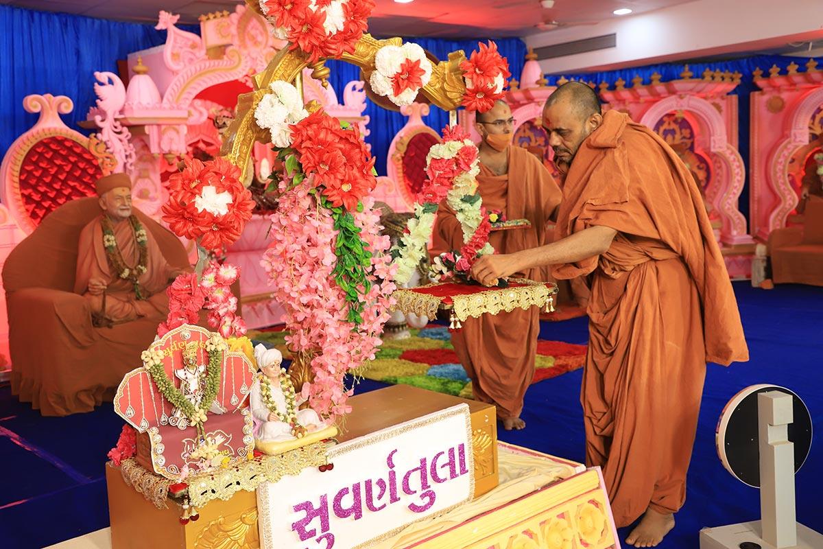 Jivanpran Abji Bapashri Pragatya Din