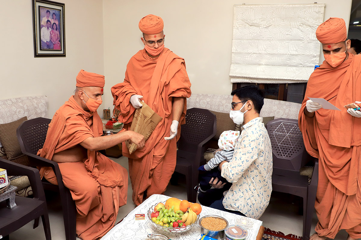 Vadodara - HDH Swamishri Padhramni