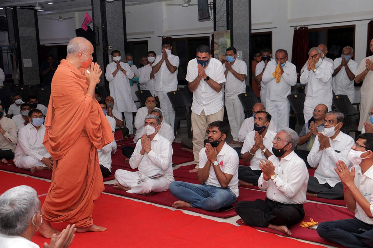 SMVS Swaminarayan Mandir 34th Patotsav   SMVS Sanstha Din   Vasna