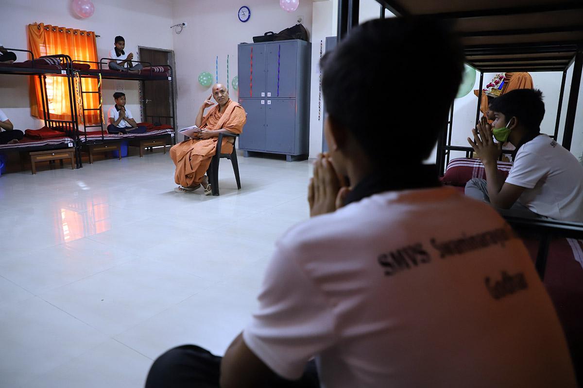 HDH Swamishri Vicharan - Godhar   March, 2021
