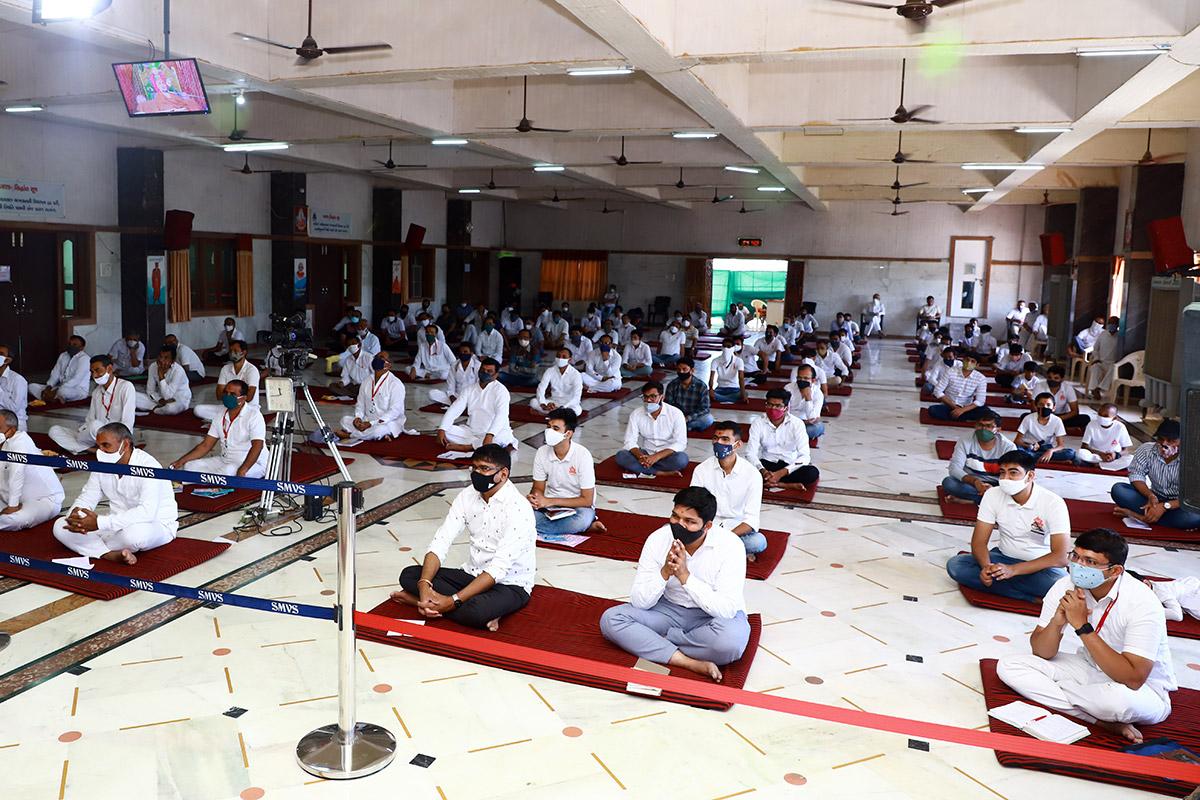 HDH Swamishri Mehsana Vicharan