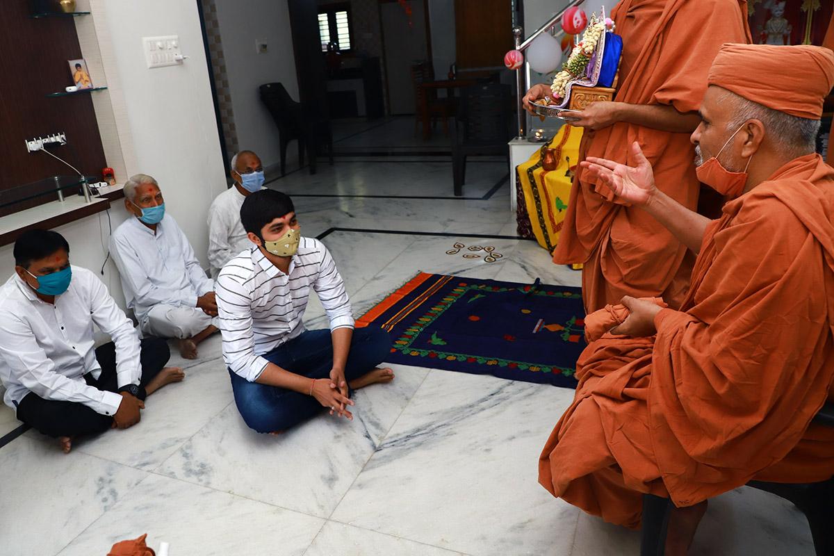 HDH Swamishri Mehsana Padhramani