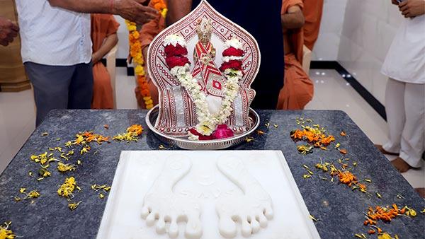 HDH Swamishri Vicharan | 01 to 15 August, 2021
