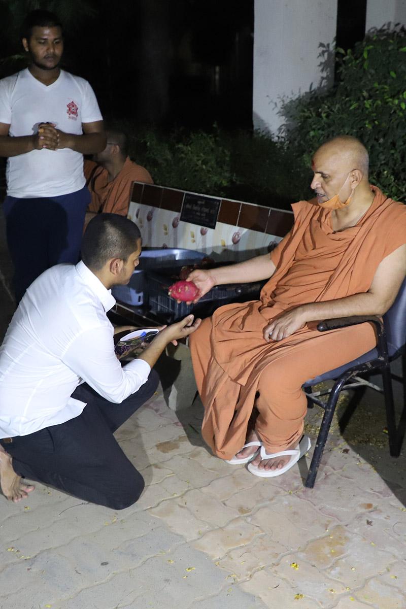 HDH Swamishri Divya Labh - Chhatralaya
