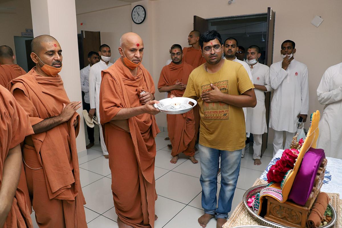 Mandir Visit at Bhuj