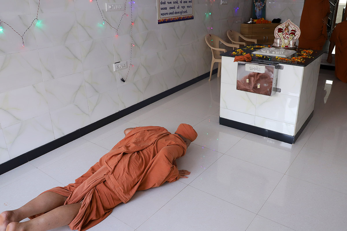 Abjibapani Chhatedi Darshan at Baladia