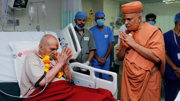 HDH Swamishri Vicharan | 01 to 15 September, 2021