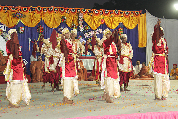SMVS Rajat Gaurav Din & Murti Pratistha Utsav - Kadi