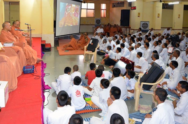 Spiritual Yuva Camp - Swaminarayan Dham