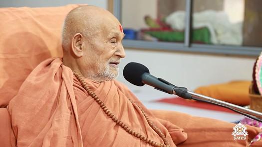 HDH Bapji Vicharan - Ghanshyamnagar Shakotsav (31-12-2017)