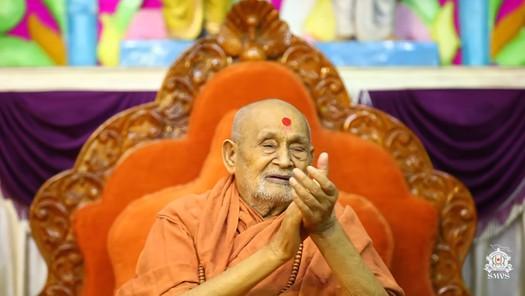 HDH Bapji Divya Darshan & Ashirwad (24-06-18)